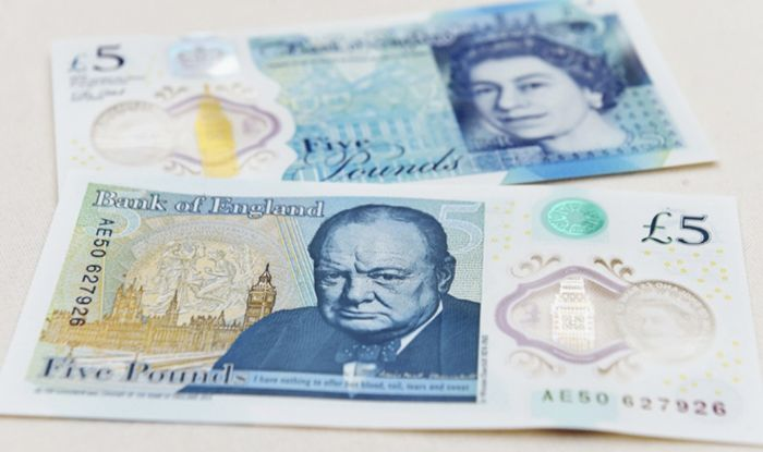 Fake £5 notes are REAL - holograms RUB OFF notes confusing