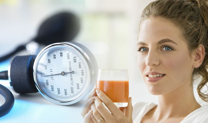 High blood pressure: Drinking tomato juice could lower reading